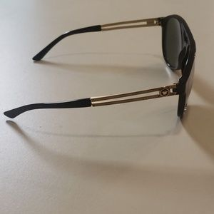 Versace Accessories - NWT Versace men's sunglasses  4312 Black aviator